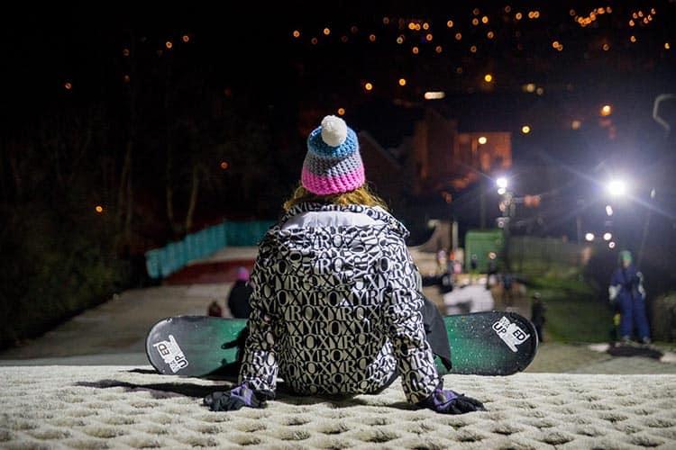 Cardiff Ski & Snowboard Centre at night